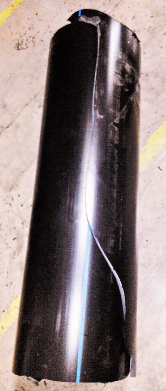 Plastic lined metallic pipe